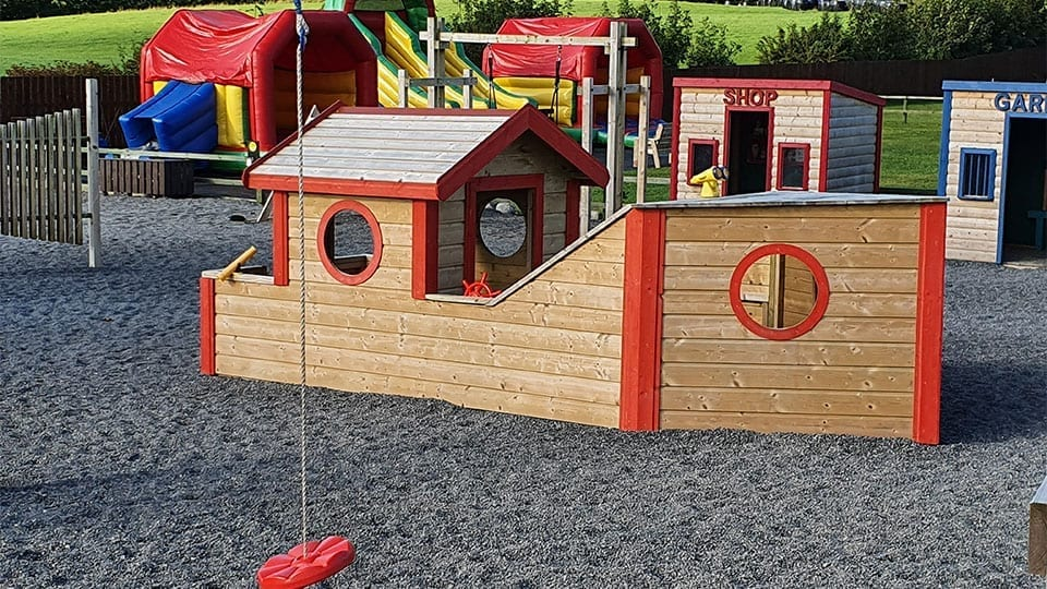 Boat Play House Mellowes