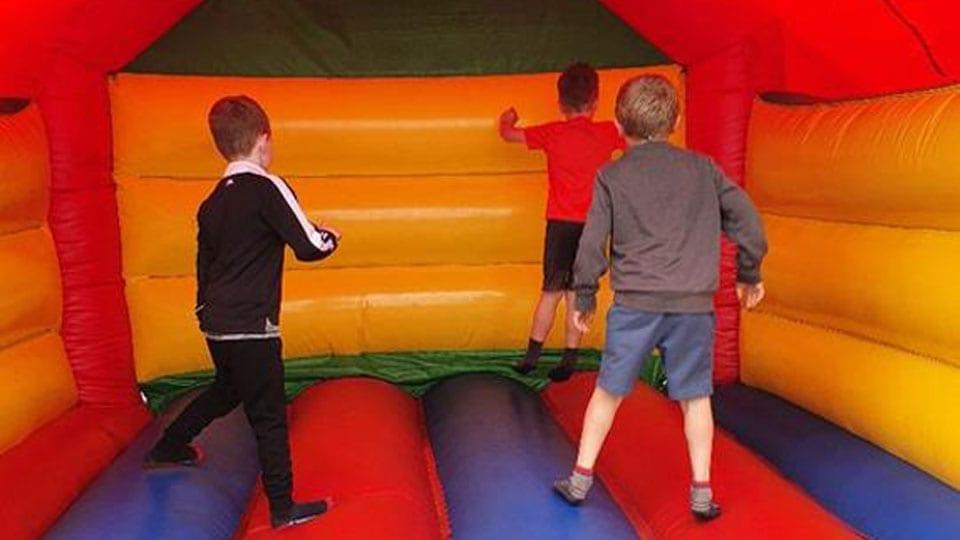 Bouncy Castle Kids Mellowes